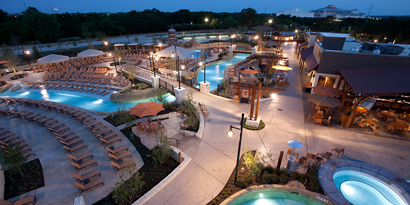 Gaylord-Palm-Overview-at-Night