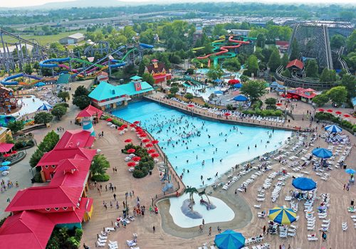 Kentucky Kingdom_Wave Pool_Featured