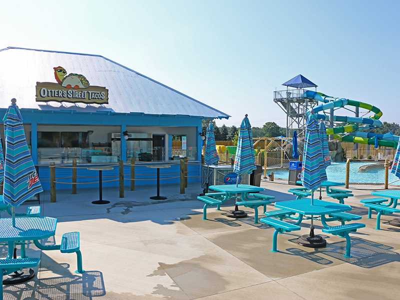 new food and beverage building at zoombezi bay's otter banks