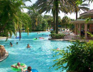 Resort WaterFront Lazy River