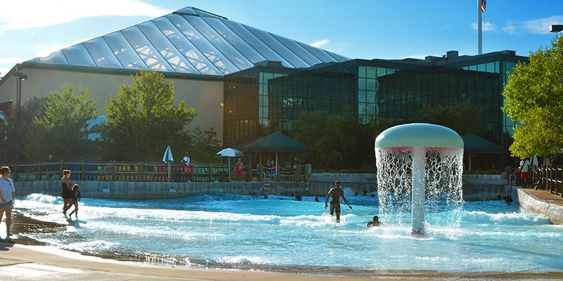 Indoor And Outdoor Water Park Installation Massanutten Resort