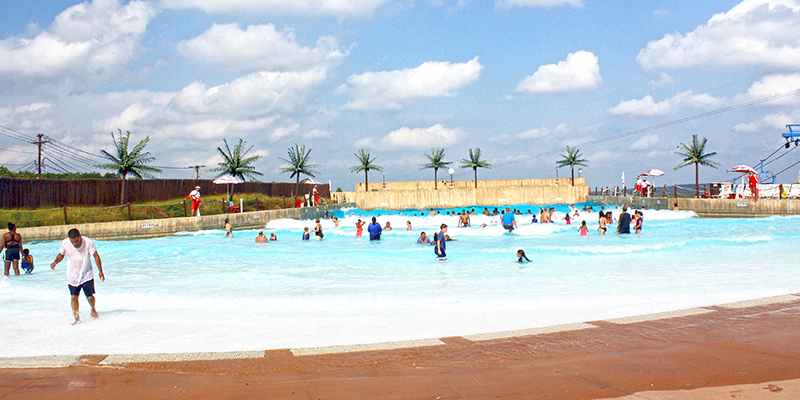 Camelbeach_Wavepool