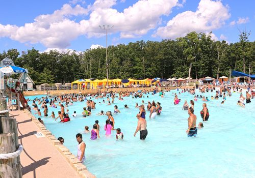 Six Flags Wave Pool- featured