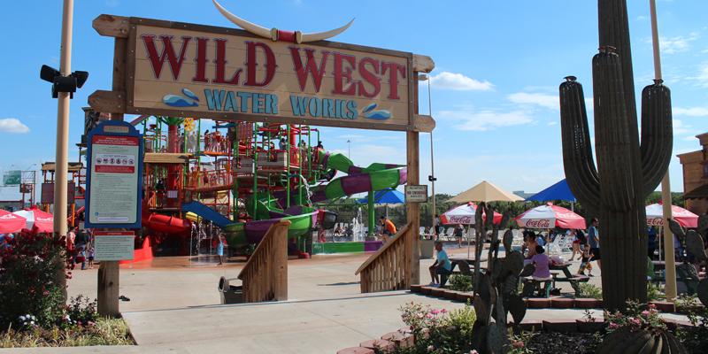 Entrance to Wild West Water Works at Frontier City