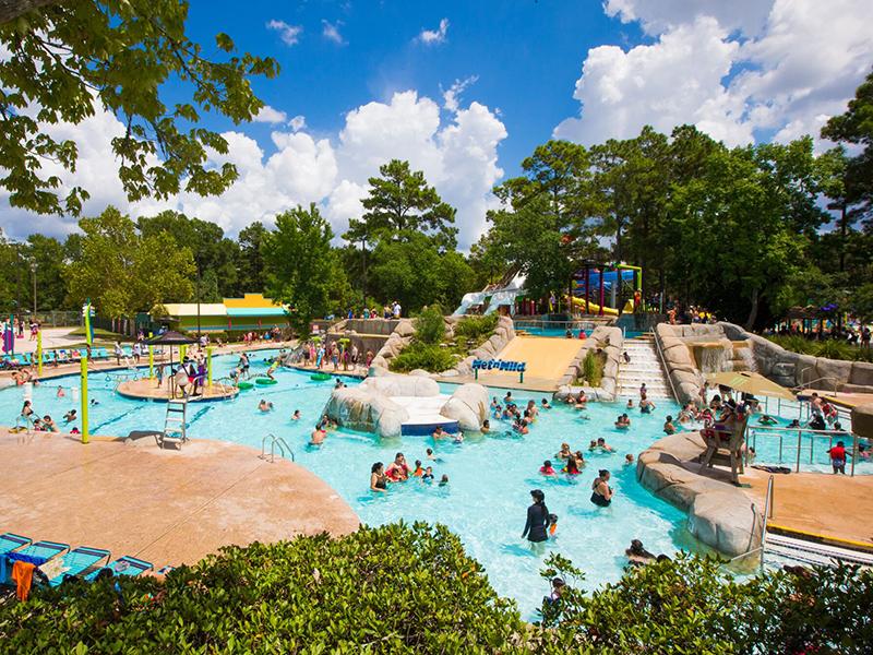 Wet n Wild Splashtown Kids Pool Aerial