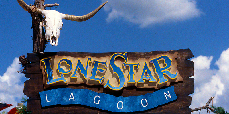 Six Flags Fiesta Texas Signage