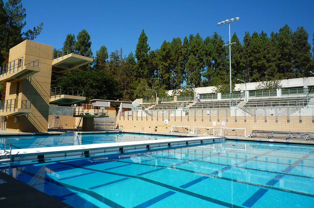 View of Movable Bulkhead at Spieker Aquatic Center, UCLA