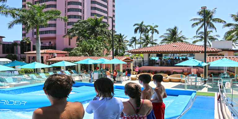 Kids watching the FlowRider