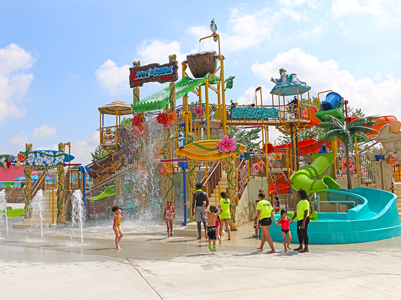 wet n wild toronto multi level play structure