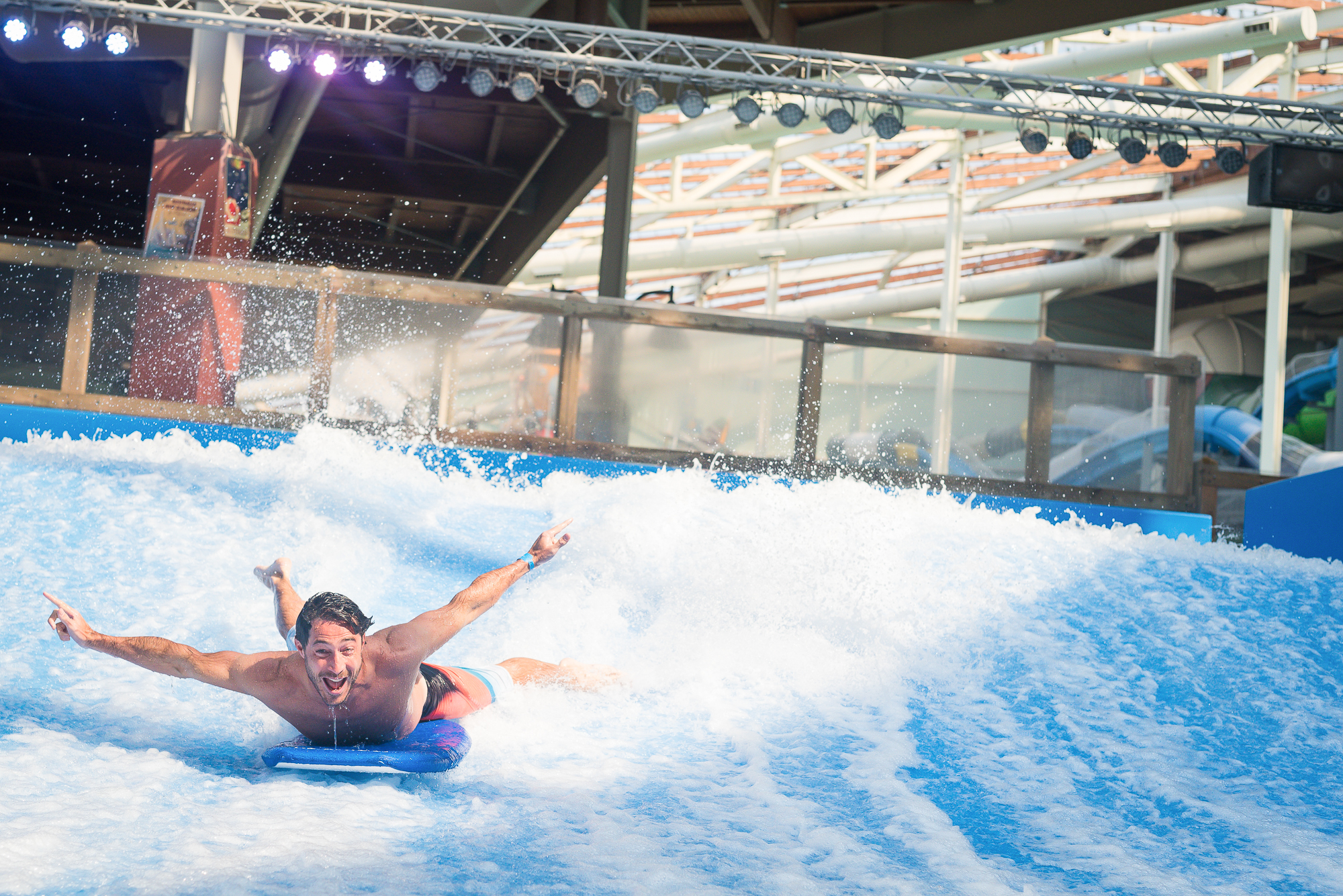 Aquatopia Flowrider Surfing 30 Top Indoor Waterparks Around The World By Aquatic Group April