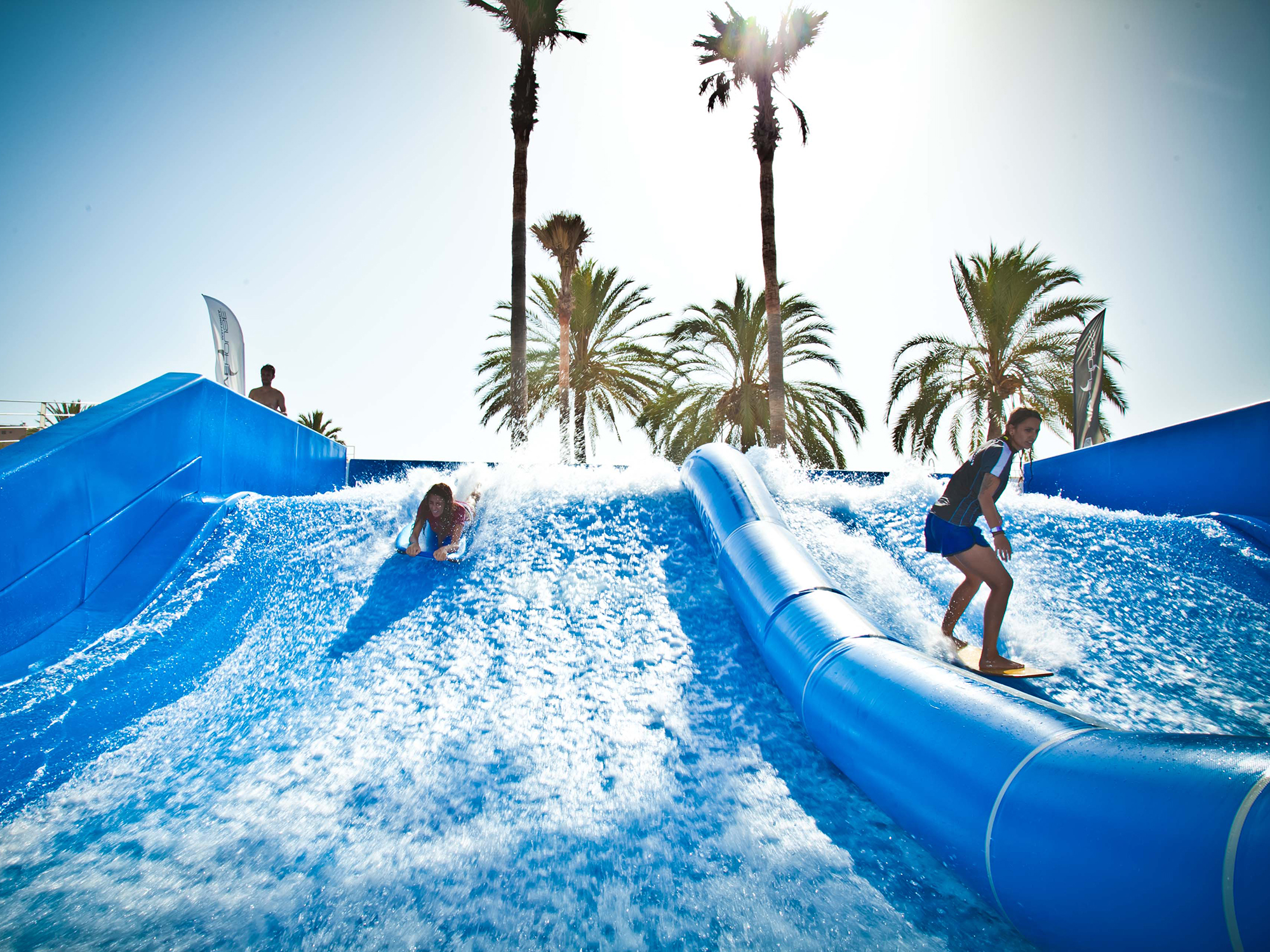 Programming your flowrider surf attraction