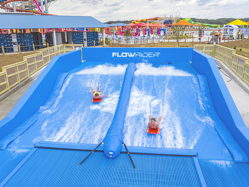 double flowrider at soaky mountain