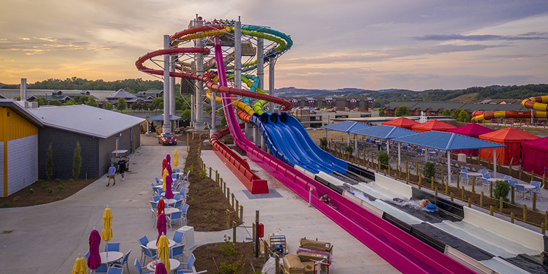 water slides at soaky mountain
