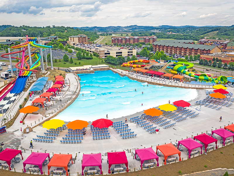 wave pool overview at soaky mountain